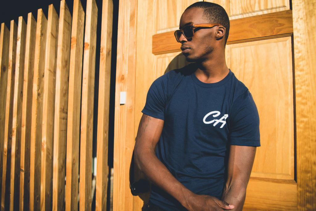 T-shirt męski – jaki wybrać, by dobrze wyglądać?
